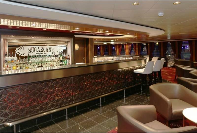 Sugarcane Mojito Bar on the Norwegian Gem